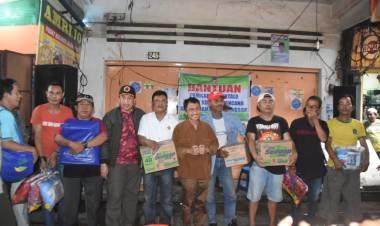 Bupati Nelson Pomalingo Bantu Korban Bencana Banjir Di Manado