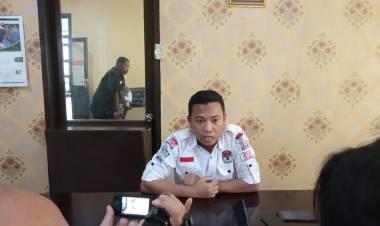 Ketua KPU Kabupaten Gorontalo  Rasyid Sayiu :  4798 Kotak Suara  Selesai Di Rakit