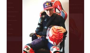 Para Pembalap MotoGP Pamer Seragam Baru, Marc Marquez Ikut-ikutan