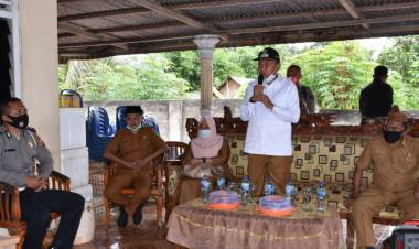 Pemkab Boalemo Kembali Menyerahkan Bantuan BPNT