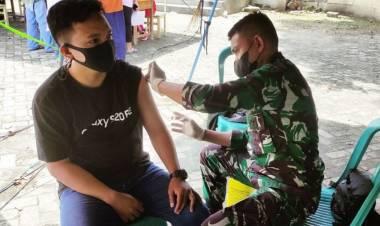Kodim 1304 dan Polres Gorontalo Kota Gelar Serbuan Vaksinasi
