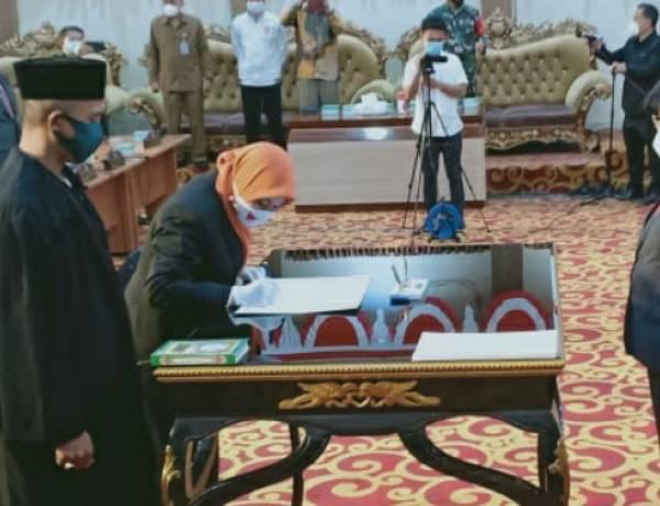 Nur Amelia Dilantik Menjadi PAW Syarifudin Saafa DPRD Kota Manado